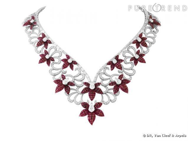 http://static1.puretrend.com/articles/0/56/46/0/@/579102-collier-fleurs-637x0-2.jpg