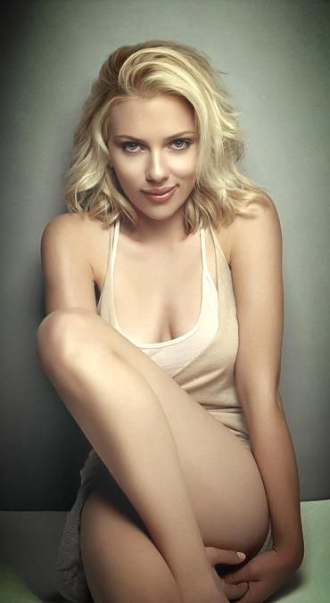 Scarlett Johansson ♥ she's not skinny nor is she overweight. She's solid!