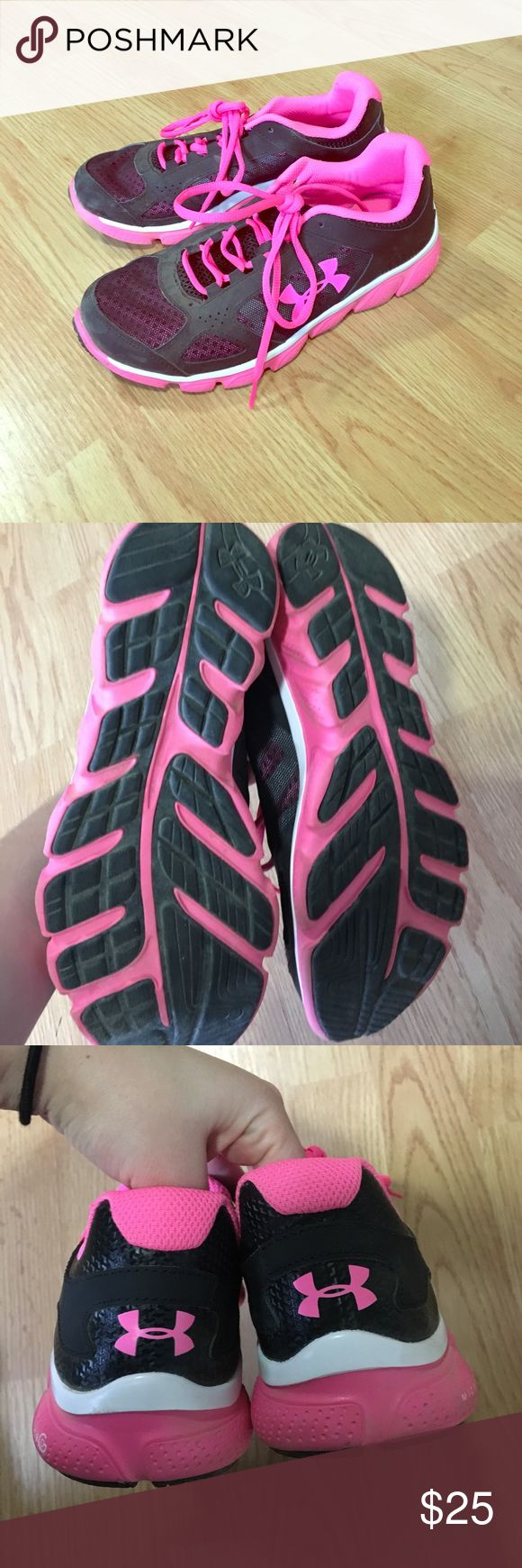 💕Under Armour tennis shoes!💕 Perfect condition black and hot pink under armour tennis shoes! The size is 6 youth but fits the same as a women's 8! New without tags. Smoke and pet free home. Only worn to try on at store! Under Armour Shoes Athletic Shoes