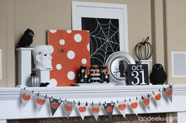 Halloween Mantel ... polka dots!  And free printable for the spider web from landeelu.com