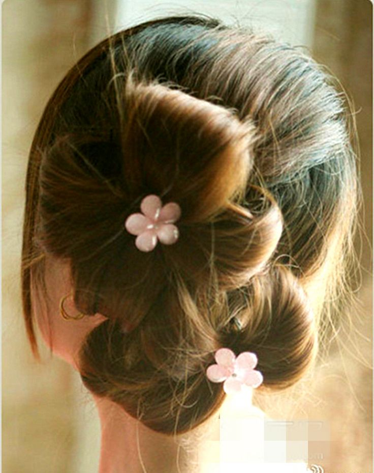 Sweet: Hair Flower, Prom Hairstyles, Hairstyles Step, Updo Hairstyles, Double Ponytail, Hair Bows, Hair Style, Ponytail Updo, Flower Girls