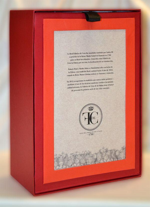 Presentación de Regalo especial en caja grande de 30 x 28 cm.