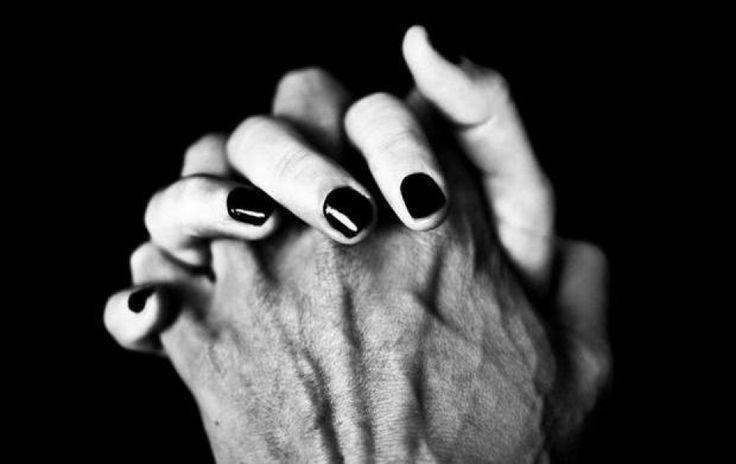 Η αγάπη είναι μόνο μία, Χόρχε Μπουκάι. Ο καθένας έχει έναν μόνο τρόπο ν' αγαπάει: τον δικό του.Μπορώ να κάνω ένα σωρό πράγματα για να σου εκφράσω, να σου δείξω, να σου αποδείξω, να επιβεβαιώσω ή να υποστηρίξω ότι σ' αγαπώ