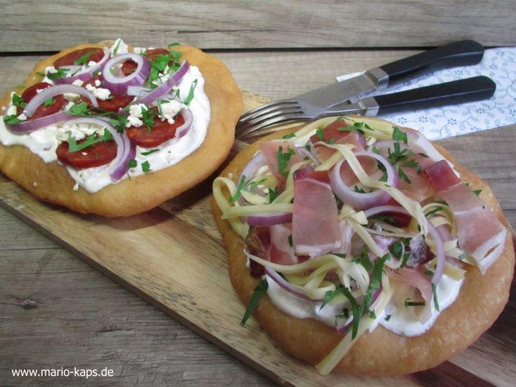 Lángos – eine Spezialität der ungarischen Küche mit zwei Belag-Variationen - Mario´s Fire Food & Fine Food Impressum: http://www.mario-kaps.de/impressum/