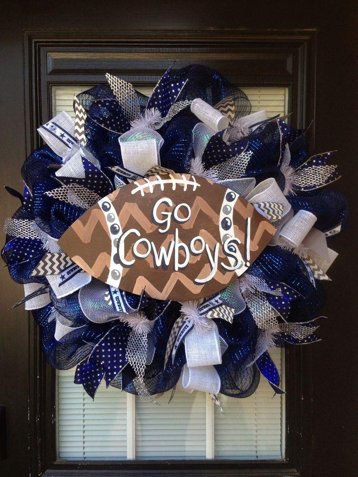 Custom Dallas Cowboys wreath by Glitzy Wreaths