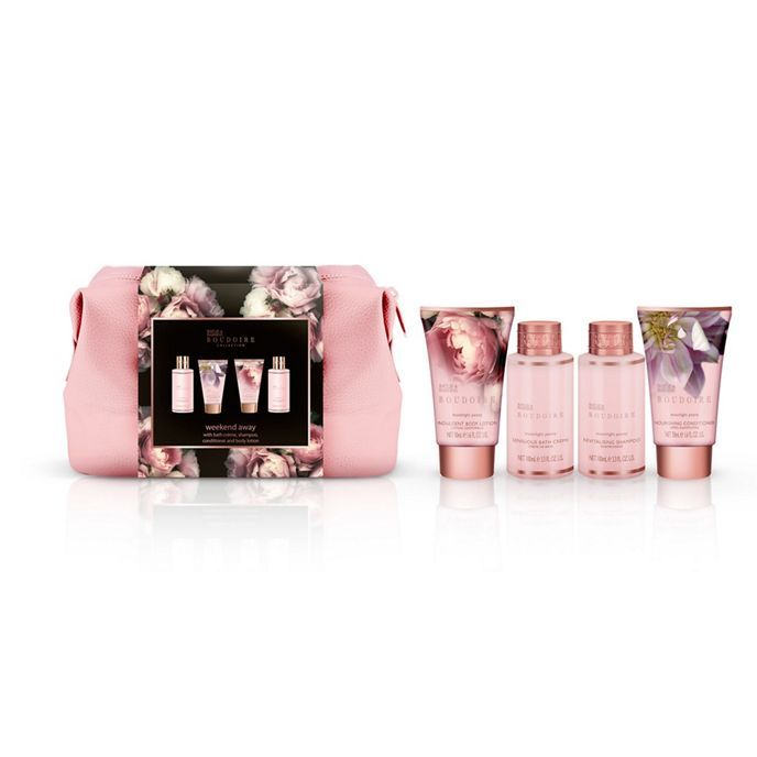 Baylis & Harding's Boudoire Collection Moonlight Peony Luxury Wash Bag is a stylish yet practical pink Wash Bag containing everything for some luxurious 'me' time. The 100ml Shampoo and 50ml Conditioner keep hair silky smooth, whilst the indulgent 100ml Bath Crème and 100ml Body Lotion beautifully perfume and moisturise the skin. All products are scented with Baylis & Harding's newest fragrance for 2017, Moonlight Peony. This fragrance is gorgeously floral with heady s...