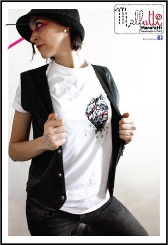 T-shirt dipinte a mano serie limitata ANATOMIE