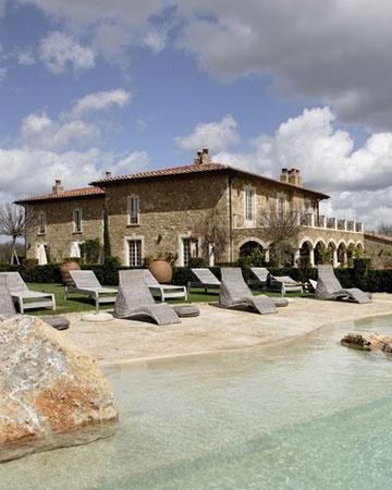 Borgo Santo Pietro, Tuscany, Italy - hmmm destination wedding? I'll happily stay here! @Chelsea Borgerding