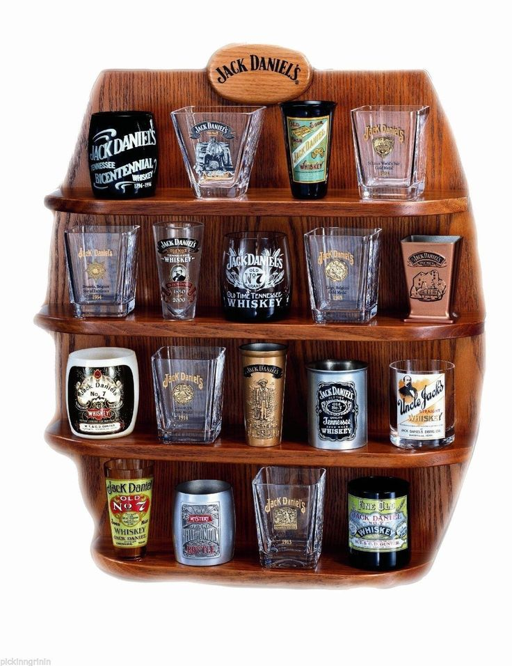 Lenox Wood Jack Daniel's Whiskey Barrel Shot Glass Display Case