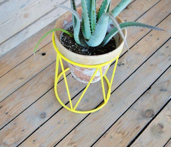 11 best soportes para plantas images on pinterest plant. Black Bedroom Furniture Sets. Home Design Ideas