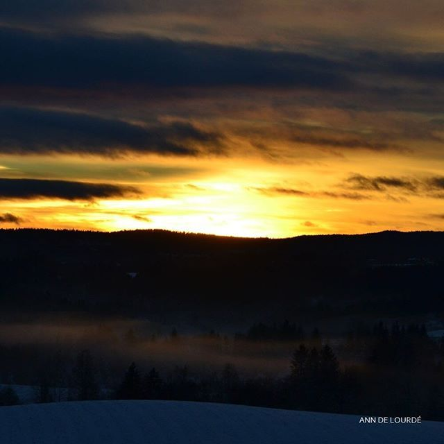 Sunset, Lille Julaften, Saturday, 23rd December 2017, Romerike, Norge.