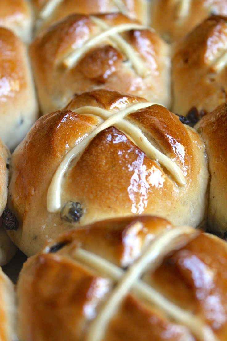 row of hot cross buns