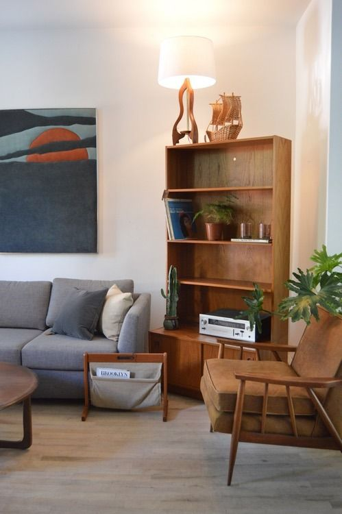 These classic midcentury standing shelves can be arranged together or separately.