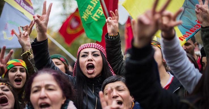 """Kurden-Demo in Köln:""""Stoppt die Erdogan-Diktatur"""": Tausende Kurden demonstrieren in Köln"""
