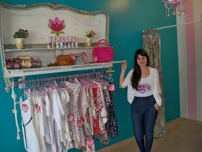 Bettina caracoch ideas locales de ropa colores shop for Disenos de interiores para boutique