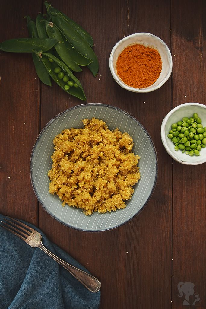 Quinoa s kurkumou a hráškom / Quinoa with tumeric and pea