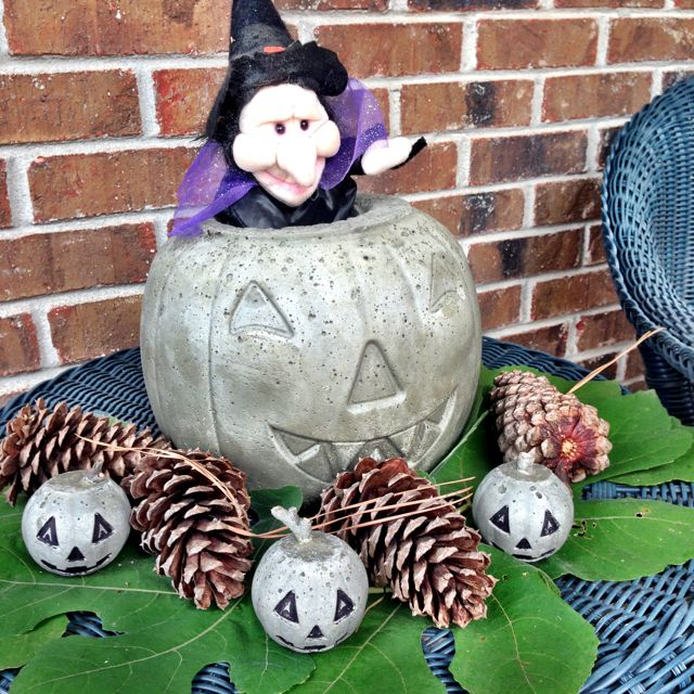 how to make a concrete halloween jack o lantern using quikrete try