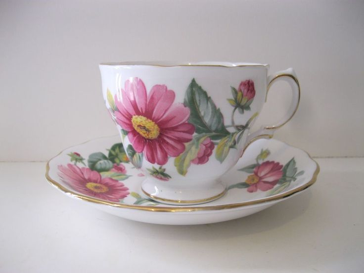 73 best a weakness for china images on pinterest cutlery dinner royal vale bone china pink daisy tea cup saucer england royalvale fandeluxe Image collections