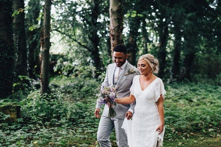 Laid Back Lilac & Pink Real Wedding at the Matara Centre: Lily & Phil http://www.wantthatwedding.co.uk/2018/01/25/laid-back-lilac-pink-real-wedding-at-the-matara-centre-lily-phil/?utm_campaign=coschedule&utm_source=pinterest&utm_medium=Want%20That%20Wedding&utm_content=Laid%20Back%20Lilac%20and%20Pink%20Real%20Wedding%20at%20the%20Matara%20Centre%3A%20Lily%20and%20Phil  Wedding Credits / Photographer: Dale Stephens Photography / Wedding Venue: Matara Centre / Brides Dress: Eliza Jane Howell…