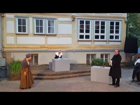 "Karsten Spitzer als Inquisitionspfarrer in"" Hexenverfolgung in Sindelfingen"" Juli 2017 - YouTube"