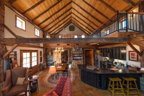 Pole barn living quarters come in many forms, from a simple loft to entire upper living quarters.The most common type comes in the form of a small kitchen,