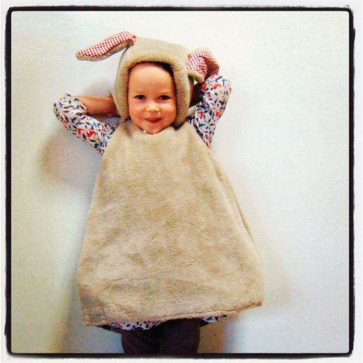 Diy bunny costume: Diy Costumes, Rabbit Costumes, Diy Bunnies, Costumes Dresses, Bunnies Costumes, Bunnies Rabbit, Cute Costumes, Costumes Ideas, Wall Ideas