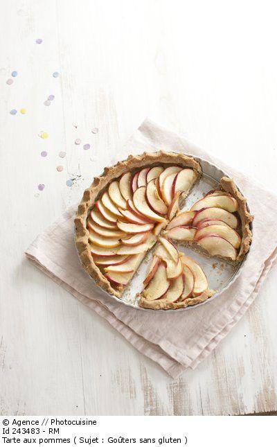 Détail de l'image 243483: Tarte aux pommes ( Sujet : Goûters sans gluten )
