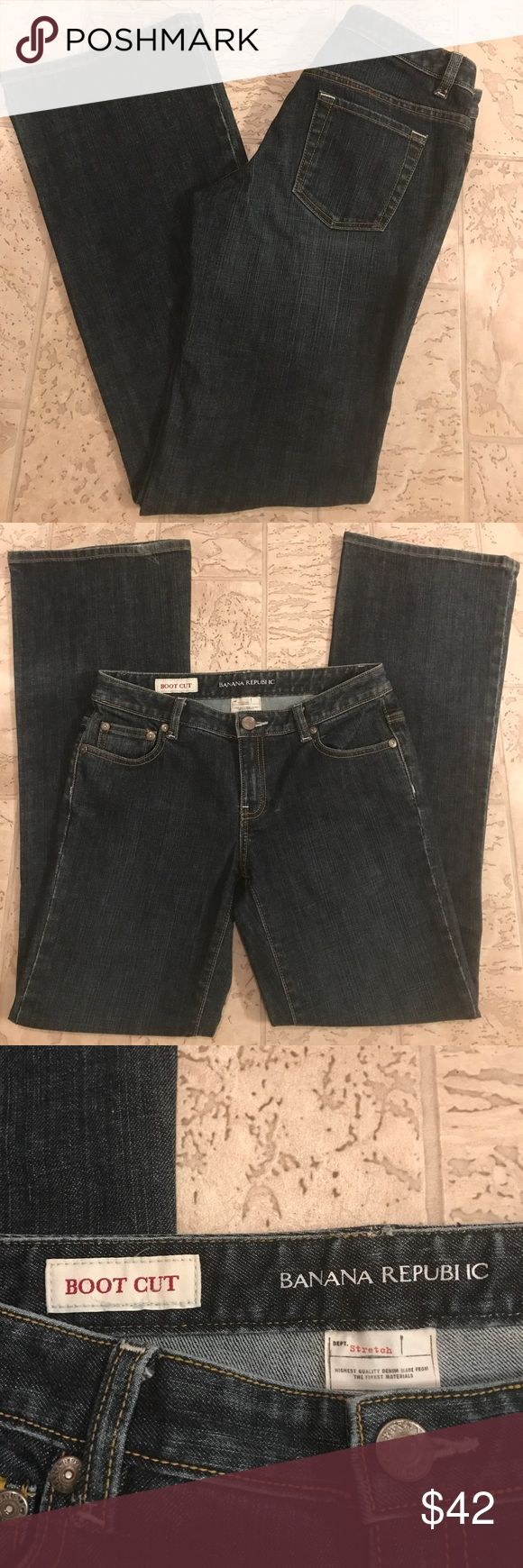 """Banana Republic Boot Cut Jeans Size 4 This is a pair of Boot Cut jeans that are in great condition. They are stretchy. Measurements are: inseam 32"""", waist 16"""" and rise 8"""". Size 4 Banana Republic Jeans Boot Cut"""