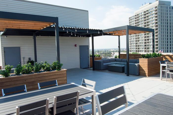 Rooftop Deck With Steel Pergola Lounge Chicago Illinois