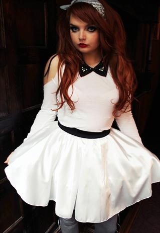 WHITE CUT OUT SHOULDER TOP WITH BLACK STUDDED COLLAR