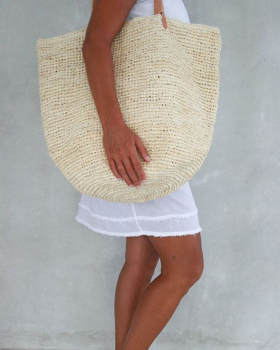 Best 25  Straw beach bags ideas on Pinterest | Summer bags, Beach ...
