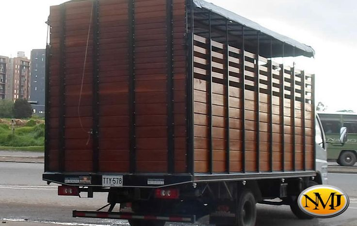 Carrocerías NMJ está lista para ayudarle a diseñar y fabricar la carrocería de servicio personalizado perfecta para su negocio. Podemos integrar las características y beneficios que desea y necesita para fomentar la productividad de su negocio.  http://www.carroceriasyfurgonesnmj.com/carrocerias-especiales-personalizadas-para-vehiculos-comerciales-nuevos-y-usados