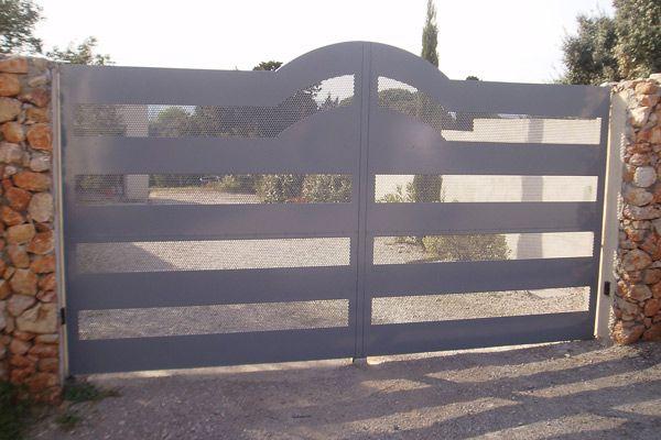 Conception d'un portail en fer ajouré