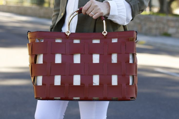 Chaqueta y bolso Zara 8