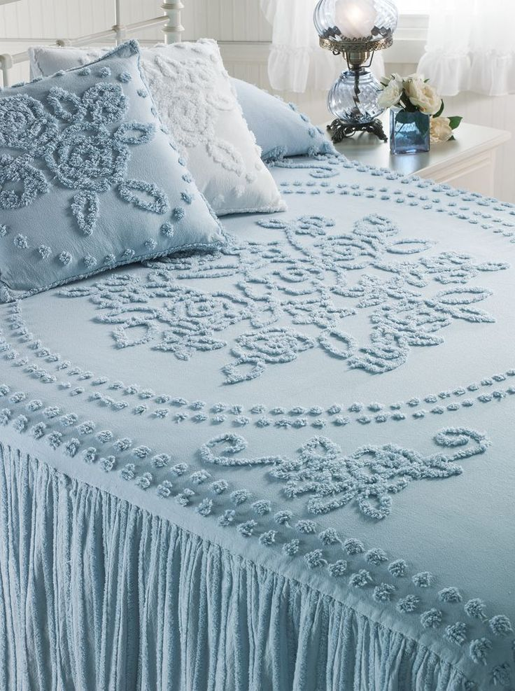 You'll love snuggling under this extra-plush chenille bedspread made of 100% cotton in a comfy ...