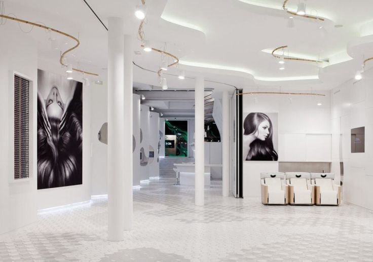 L Oreal Academy Tile Of Spain Store Design Interior Retail Store Interior Design Interior Design Dubai