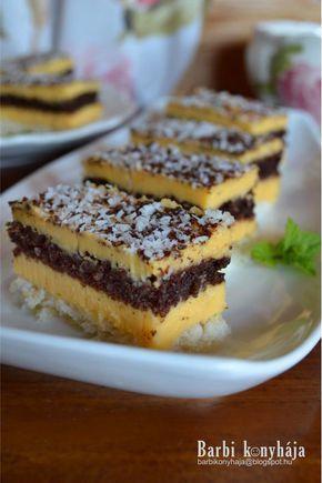 Imádom a kókuszos süteményeket, a tepsis raffaello szelet amit már nagyon régen felraktam az oldalra, meg a kókuszkocka , nagy kedvenceim....