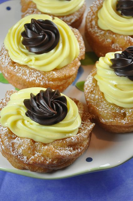 Le Zeppole di San Giuseppe to celebrate St. Joseph's day in Italy - Recipe for the Pugliese style (topped with chocolate) and the Neapolitan style (topped with cherries)