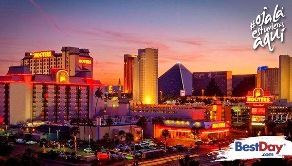 Localizado a una cuadra al este del Strip, Hooters Casino Hotel Las Vegas trae consigo toda la emoción que se vive en los Restaurantes Hooters a Las Vegas. Esta propiedad ofrece piscinas, un gimnasio, un casino de más de 2,785 m², instalaciones para reuniones y eventos, así como varios restaurantes de gran calidad, incluyendo al mundialmente famoso Restaurante Hooters, con sus legendarias Chicas Hooters. #OjalaEstuvierasAqui