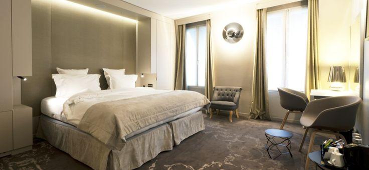 Pour les amoureux de la capitale française, un séjour dans l'hôtel de charme des Tuileries est l'assurance d'un visite réussie. Niché au cœur du quartier du Louvre, l'hôtel est idéalement placé au centre de Paris, ce que vous apprécierez grandement. Vous pourrez aussi succomber au charme de toute l'Ile-de-France, facilement accessible depuis l'hôtel qui est particulièrement bien desservi.