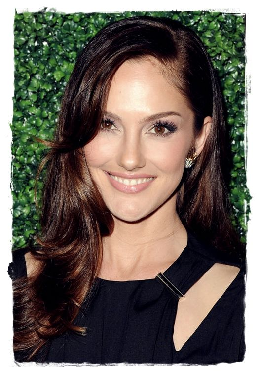 Celebrity Inspired #Hairstyles - Minka Kelly Curled Bang