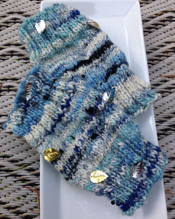 LOTR  themed hand spun and hand knitted medium size 6 by WoolnLove