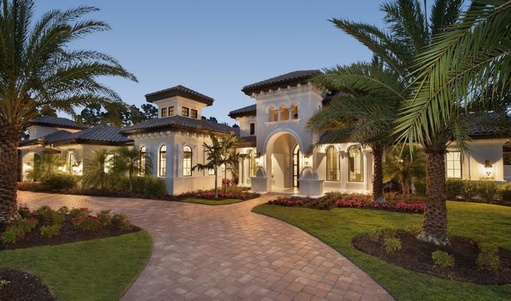 Luxury Mediterranean home plan, Mezzano,4r bed/4 full baths, formal dining room, study, double island kitchen, a game room and master suite retreat.