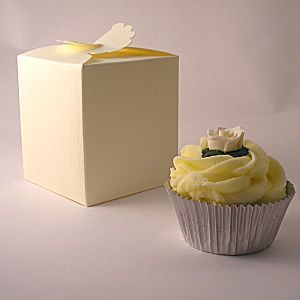 Daisy top cupcake boxes: 80mm