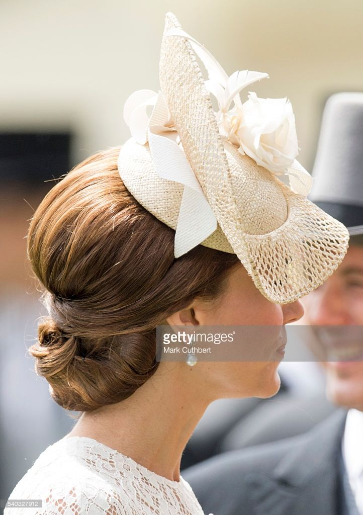 Catherine, Duchess of Cambridge attends day 2 of Royal Ascot at Ascot Racecourse on June 15, 2016 in Ascot, England.  (Photo by Mark Cuthbert/UK Press via Getty Images)