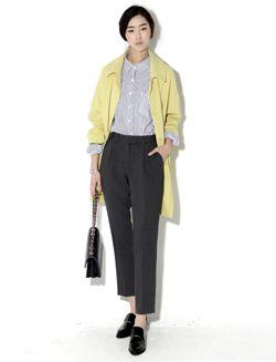 Today's Hot Pick :袖裏配色隠しボタンストレートコート【BLUEPOPS】 http://fashionstylep.com/SFSELFAA0005509/bluepopsjp/out シンプルデザインのストレートコートです。 隠しボタンですっきりシルエット。 袖裏配色になっているのでロールアップアレンジするのもGOOD◎ ボディラインをすっぽり包み込んで気になる体型もカバーしてくれます。 オフィスカジュアルからデートルックまで幅広く合わせられる一枚です。 ◆2色: イエロー/ネイビー