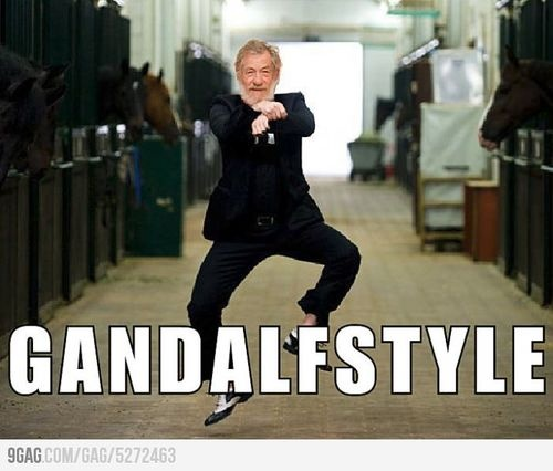 Like A Sir (sir ian mckellen,ian mckellen,like a sir,magneto,gandalf,king lear,9gag)