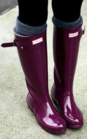 Hunter wellies in plum