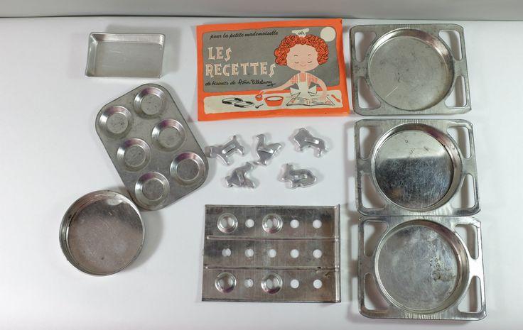 Jouet ensemble de cuisine pour enfant - Moules, emportes pièce, accessoires pour four Easy Bake - Pièce de remplacement pour four Easy Bake by Decadisme on Etsy