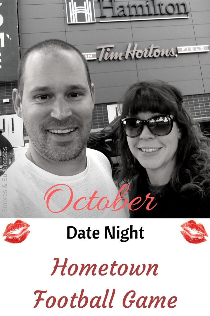 Smores and Sundresses - October Date Night - Hometown Football Game #DateNight #football #date #Hamilton http://www.smoresandsundresses.ca/october-date-night-hometown-football-game/